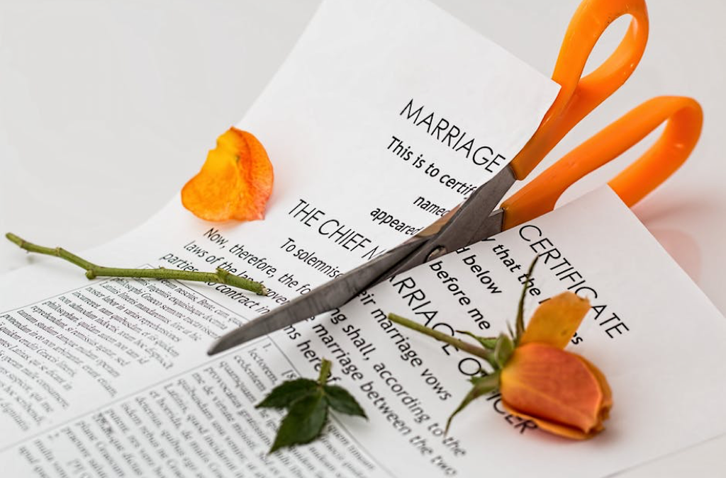 4 Quick & Simple Financial Tips For The Newly Divorced